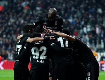 Beşiktaş, İstikbal Mobilya Kayserisporu dağıttı